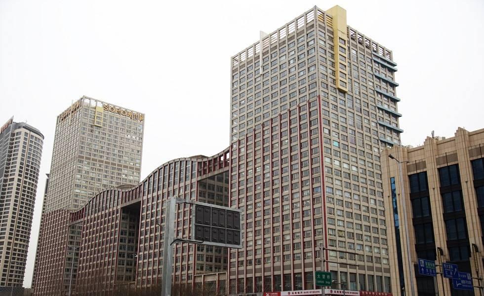 北京朝阳SOHO现代城玻璃更换工程